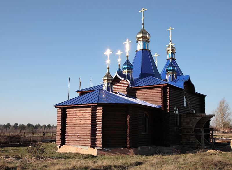 Церковь свт. Николая чудотворца. Жилино. Октябрь 2012