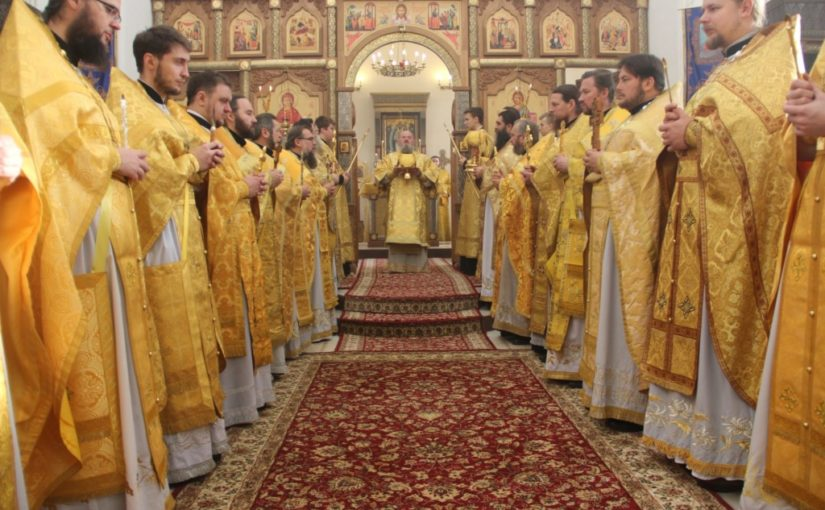 Настоятель кафедрального собора г. Кирова принял участие в праздничном богослужении в Успенской Феклиной пустыни Козельской епархии